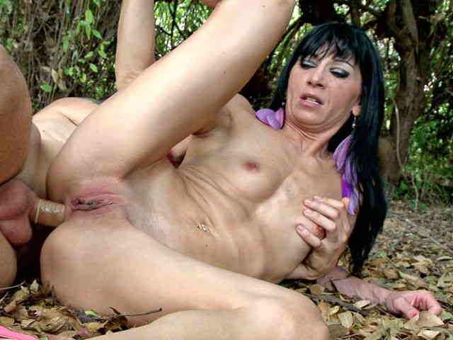 Anal Video 5 : Linda India thumbnail