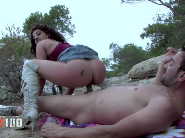 Anal Video 1 : Yesenia Rock thumbnail